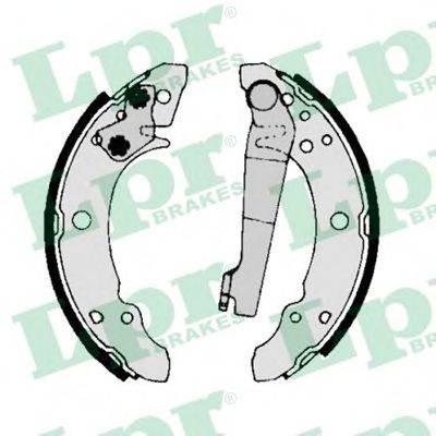 Комплект тормозных колодок LPR 00140