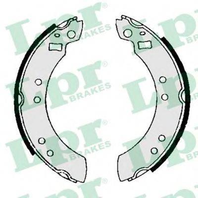 Комплект тормозных колодок LPR 00600