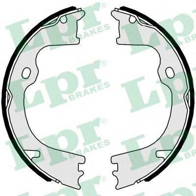 Комплект тормозных колодок, стояночная тормозная система LPR 01043