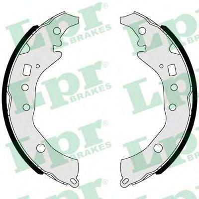Комплект тормозных колодок LPR 01044