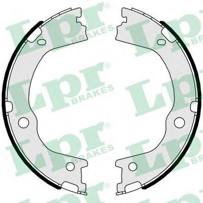 Комплект тормозных колодок, стояночная тормозная система LPR 01047