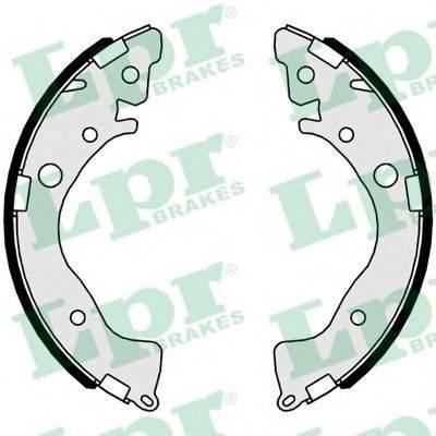 Комплект тормозных колодок LPR 01079